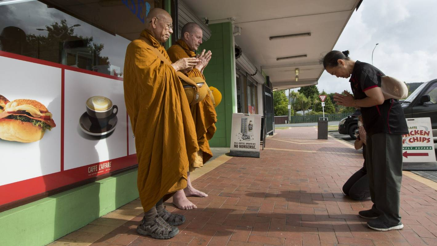 8593c08e99587 A day in the life of a Buddhist monk s continued pursuit of happiness