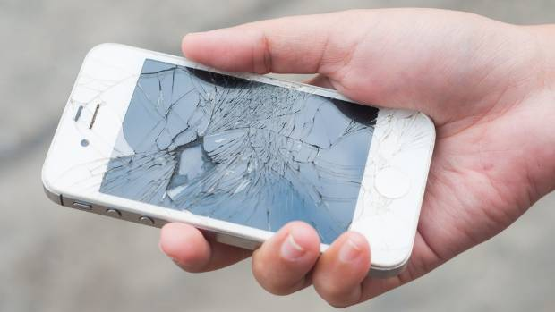 This self-healing phone screen could mean no more shattered iPhones