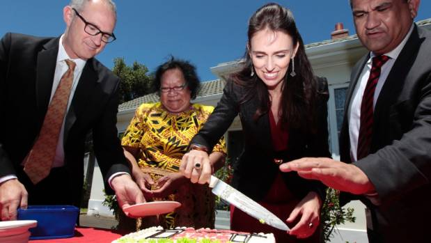 Housing Minister Phil Twyford, state house tenant Vinise Nysee, Prime Minister Jacinda Ardern, and Rongotai MP Paul ...