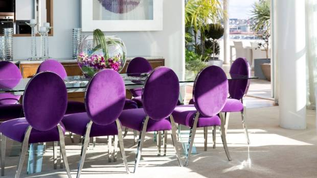 How to do 39 ultra violet 39 in style this is pantone 39 s for A w beattie dining room