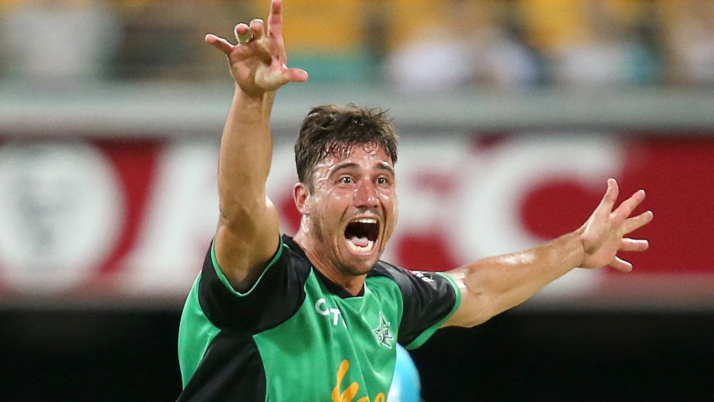 Marcus Stoinis: Brisbane Heat Defy Marcus Stoinis-led Melbourne Stars In