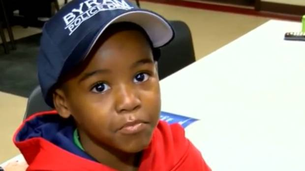 5-Year-Old Boy Calls 911 To Report The Grinch