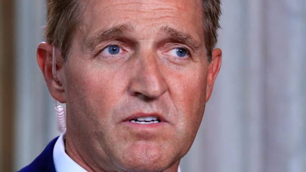 Flake warns: Trump headed for GOP primary challenge in 2020