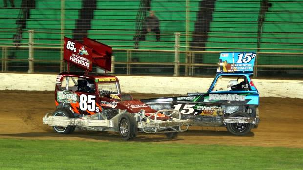 Saloon And Minisprint Drivers Treat Speedway Fans To