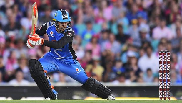 Adelaide Strikers prevail over Sydney Sixers in final over thriller