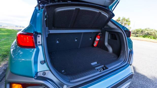 youthful hyundai kona is a refreshing addition to compact suv lineup. Black Bedroom Furniture Sets. Home Design Ideas