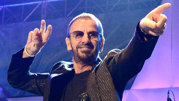 Ringo Starr, Barry Gibb To Receive Knighthoods