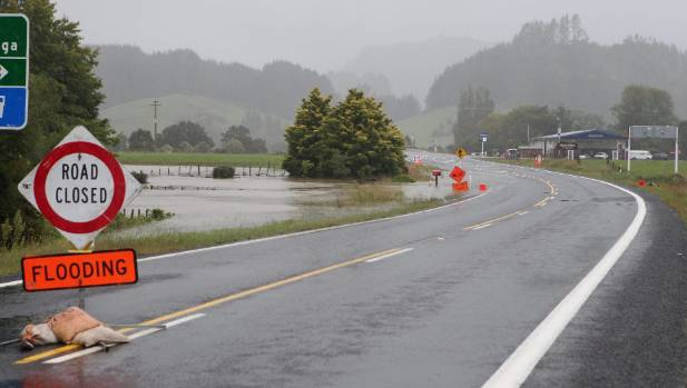 Storm could 'cut-off' holidaymakers, Thames-Coromandel Council says