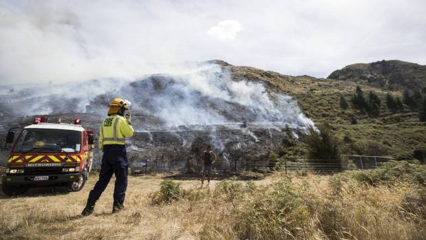 Massive fire burns through 200 hectares on outskirts of Wanaka