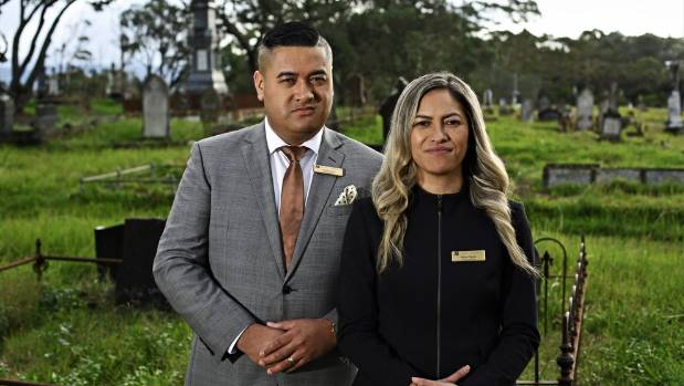 Us two francis and kaiora tipene mori funeral directors serving francis and kaiora tipene are funeral directors serving their onehunga community and beyond they solutioingenieria Gallery