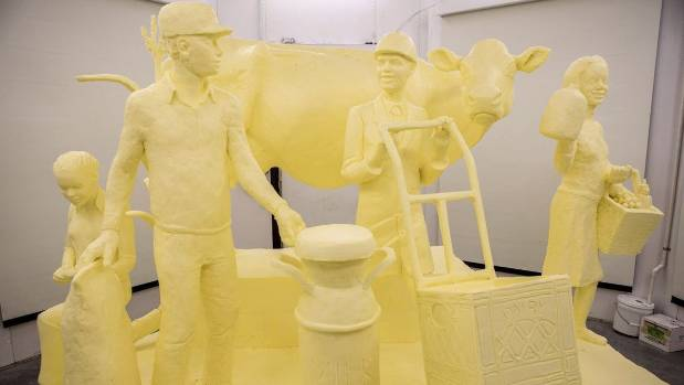 Half-ton butter sculpture unveiled at USA farm show