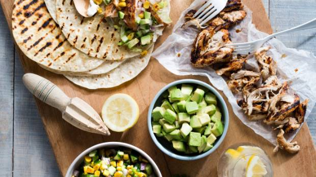 Recipe: Chicken tacos with grilled corn salad