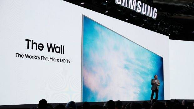 Rollable OLED, Micro LED Wall Are CES Display Tech Standouts