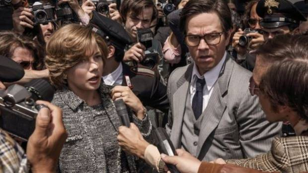 All the Money in the World stars Michelle Williams and Mark Wahlberg worked the film's reshoot for wildly different