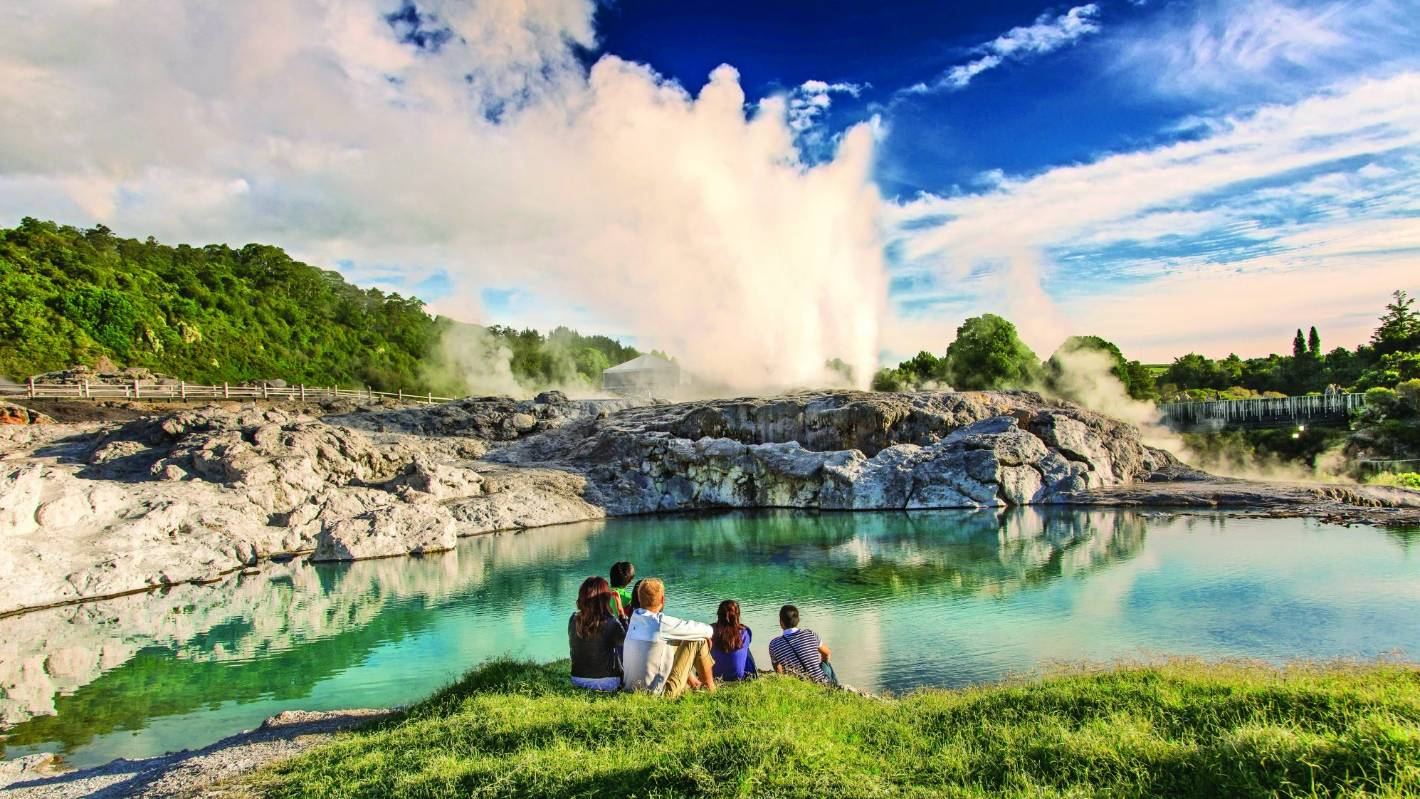Atentat Noua Zeelanda Wallpaper: Rotorua: New Zealand's Top Destination In 2018?