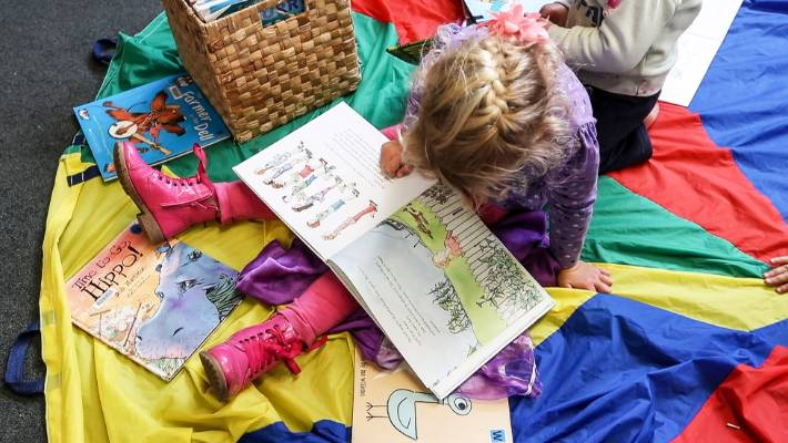 Children are encouraged to read more when parents and others read with them.