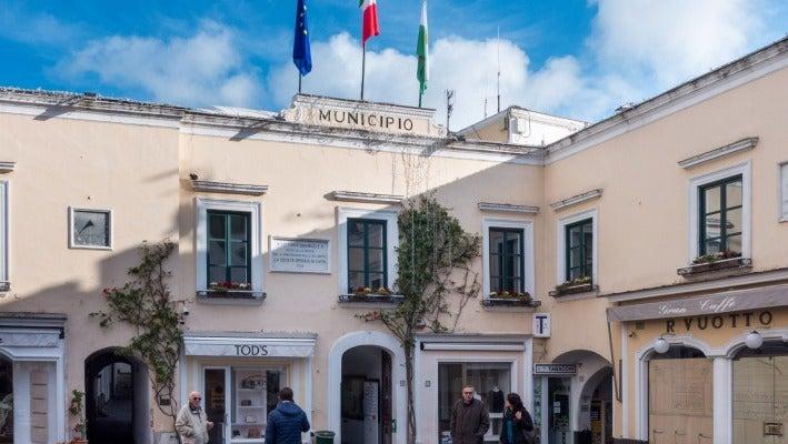 a33b5067928d Luxury shops abound on Capri.