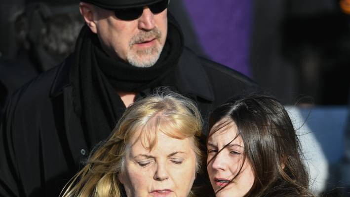 Dolores Oriordan Funeral Bandmates Family Pay Tribute To