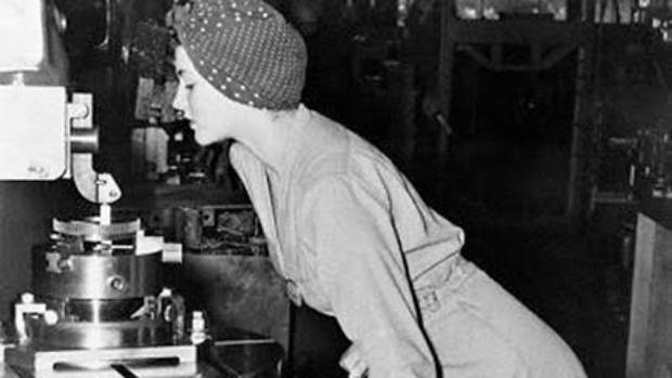 Symbol Of Female Empowerment The Real Rosie The Riveter Dies At