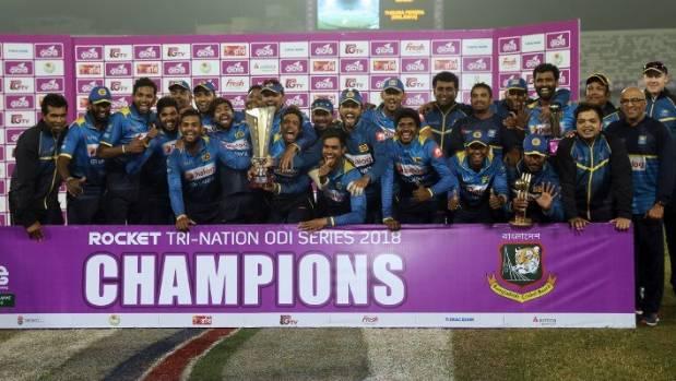 Sri Lanka opt to bat in tri-series final