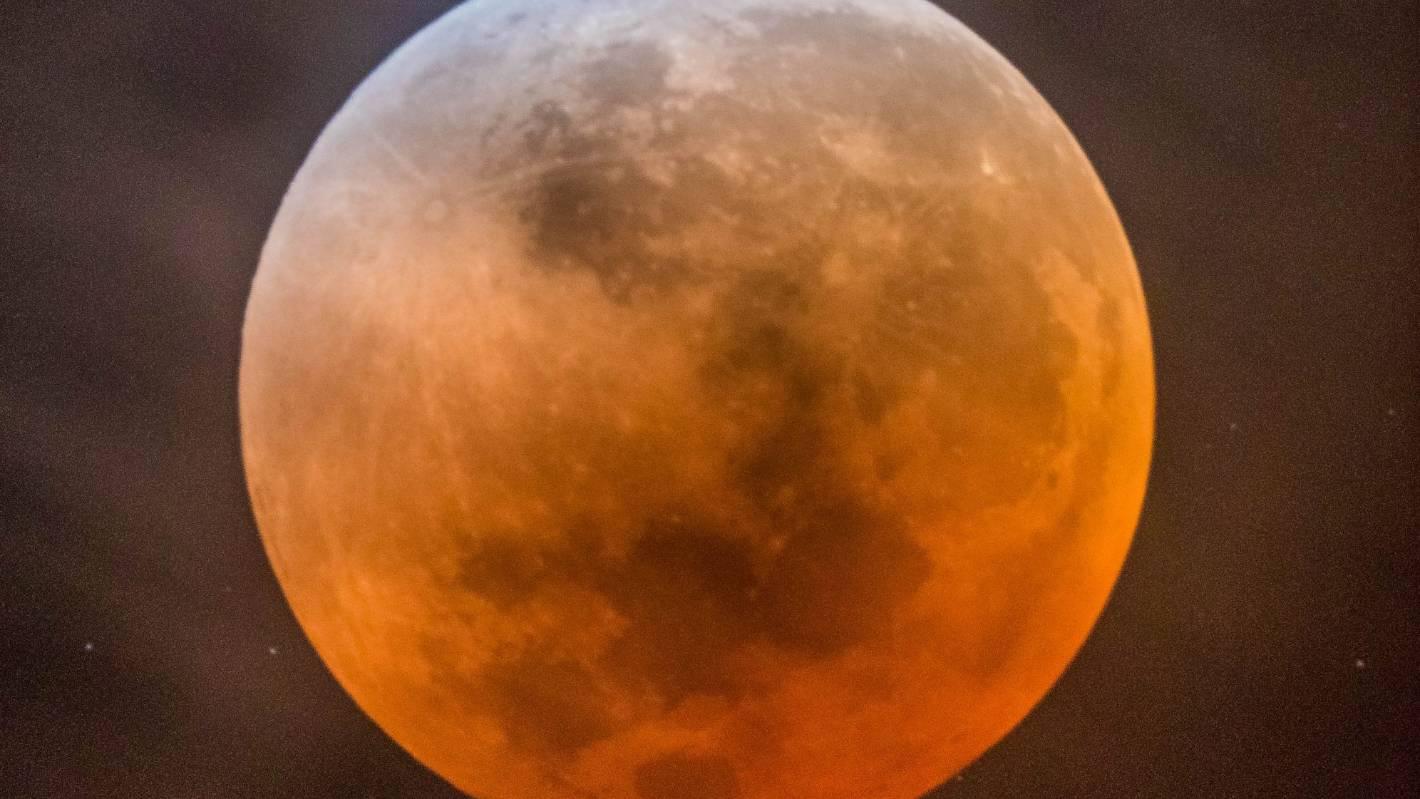 blood moon tonight nz - photo #11