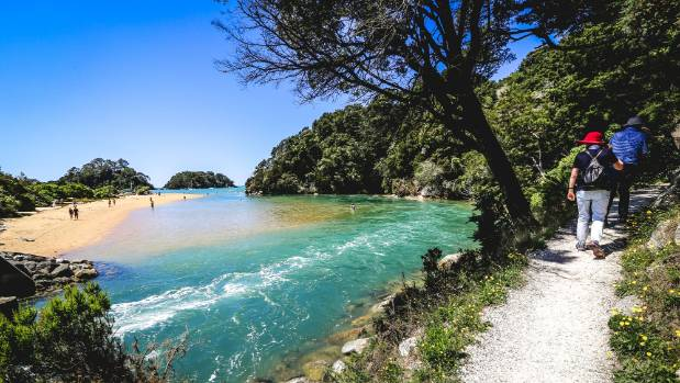 How Tourists See New Zealand Beautiful But Expensive