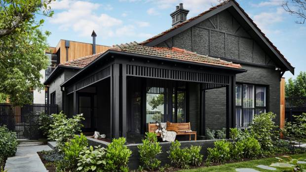 Black Houses Are Back In Fashion This House Is Painted Dulux Rawene