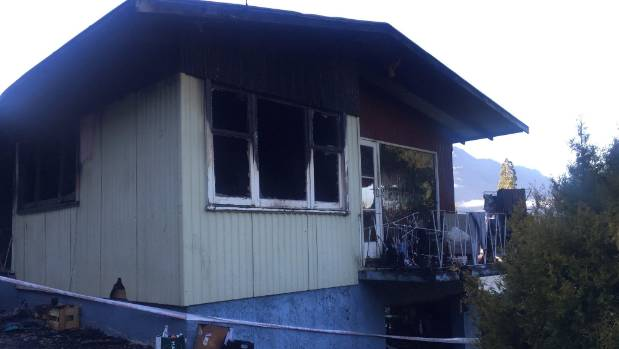 Phone charger, cord or wall plug caused Queenstown house fire ...