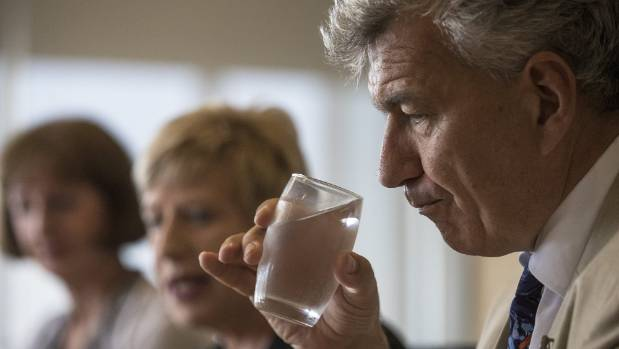 Christchurch mayor wants chlorination levels reduced after public outcry over taste, smell
