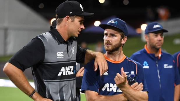 England fail to match Williamson, Guptill
