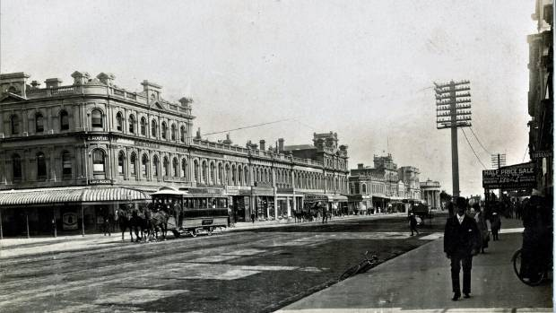 When Lemon trees sprouted in Dee St