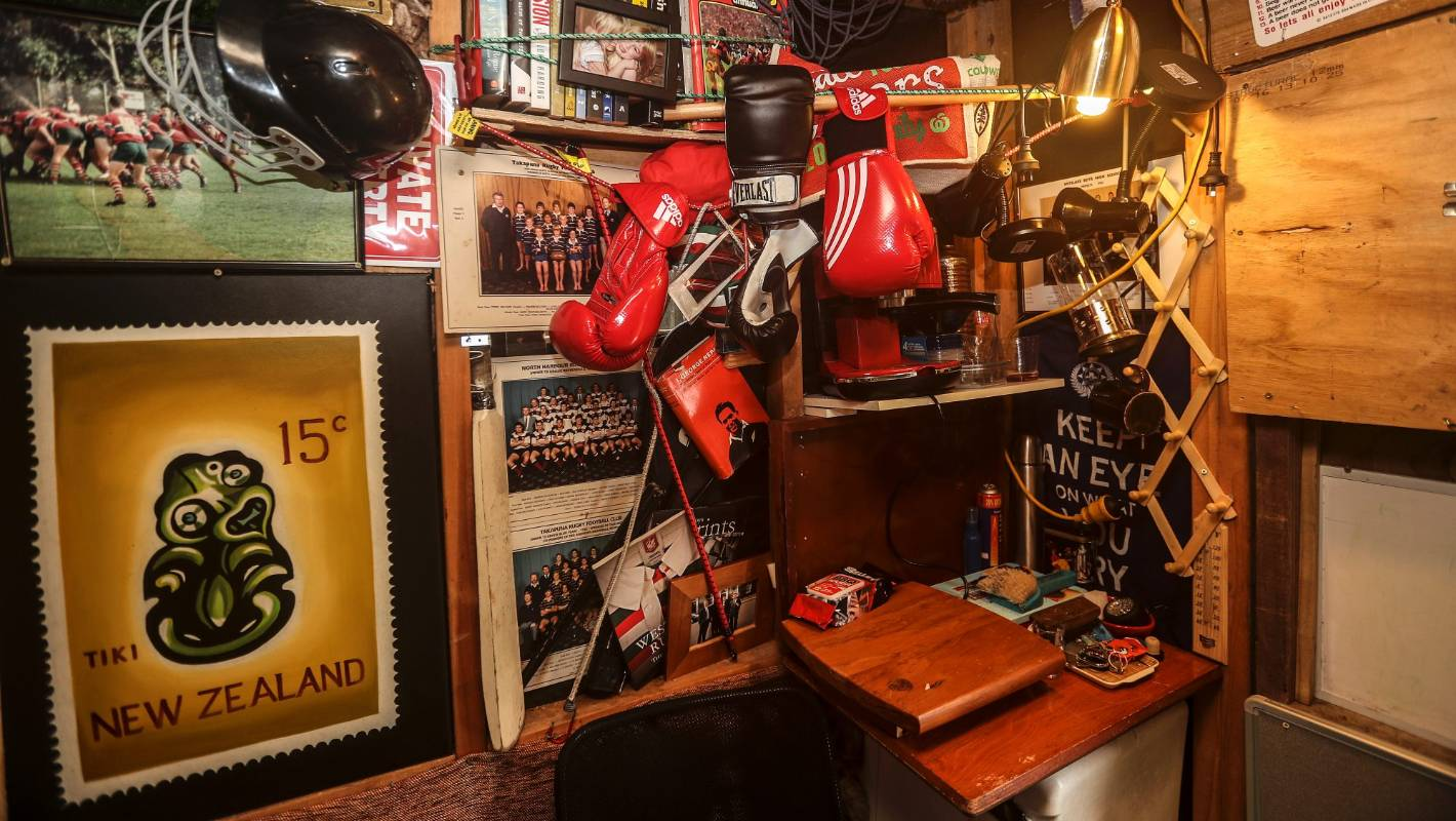 Three Host Duncan Garners Shed Renovation Creates His Ultimate Man