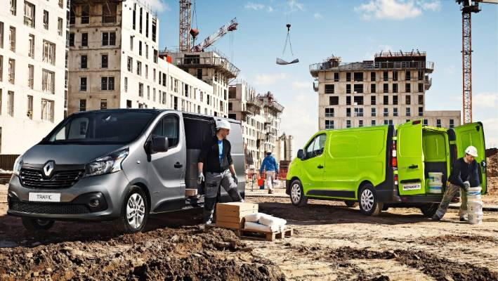 7772145135 Can a hard-working van be stylish and fun as well  Renault Trafic is