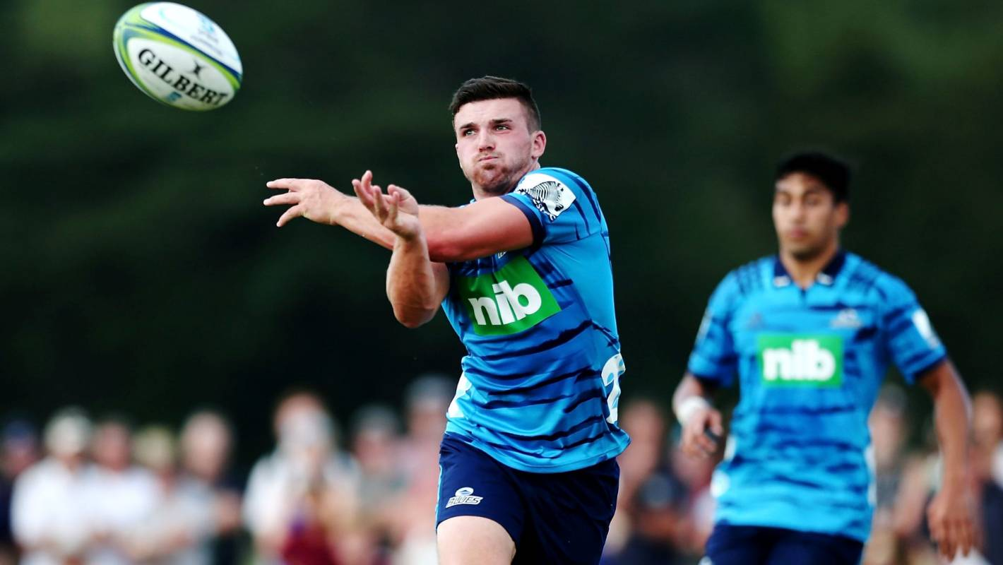 Blues look for Michael Collins to provide support role at back for Bryn Gatland