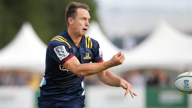 Highlanders edge Blues in frenetic Super Rugby opener