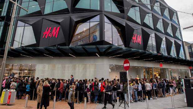 Hm sets the opening date for its biggest nz store stuff hundreds of people turned out for the hm store opening in christchurch solutioingenieria Image collections