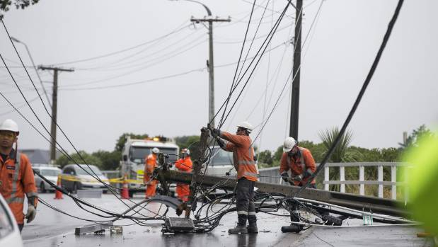 Heavy storm hits New Zealand