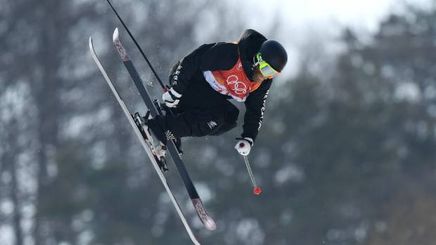 Winter Olympics: Kiwi trio qualify for ski halfpipe final ...