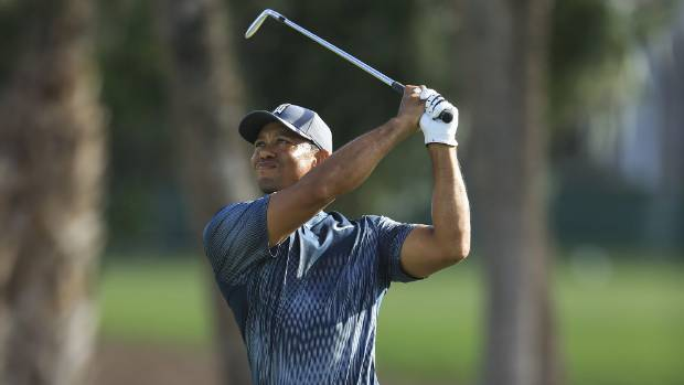 Tiger Woods four back with everyone around him at Honda Classic
