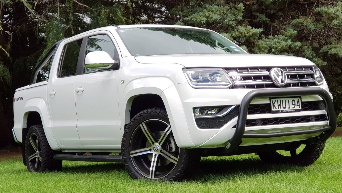 Amarok V6 climbs to the top of the tree... without low-range | Stuff.co.nz