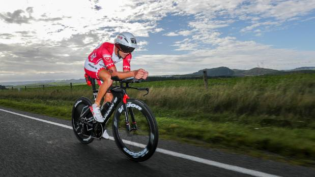Bozzone builds run lead at Ironman NZ