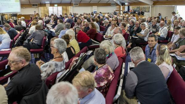 Hundreds turned up for the debate at St Christopher's Church in Avonhead, Christchurch.