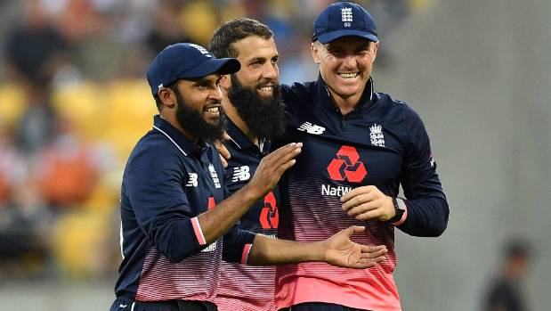 England 335 for nine in fourth New Zealand ODI
