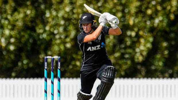 Devine tons up as New Zealand Women win thriller