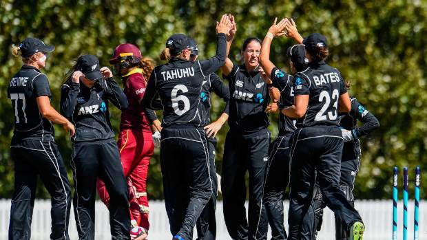Devine tons up as New Zealand Women win thriller