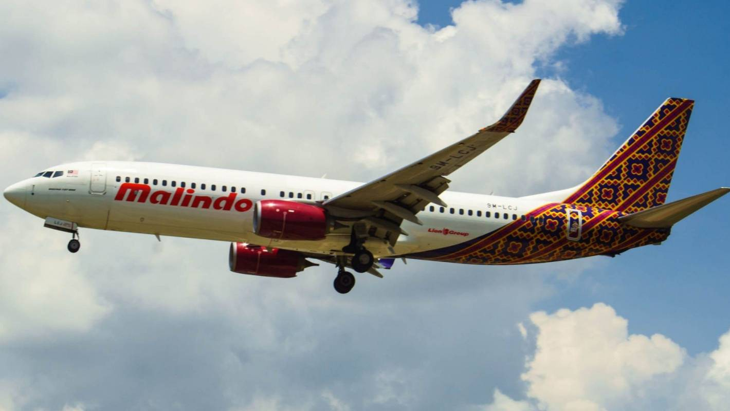 Malindo Airlines Flight Gets Bumpy After Passenger Strips