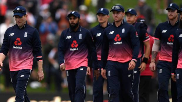 New Zealand beat England by 5 wickets in 4th ODI