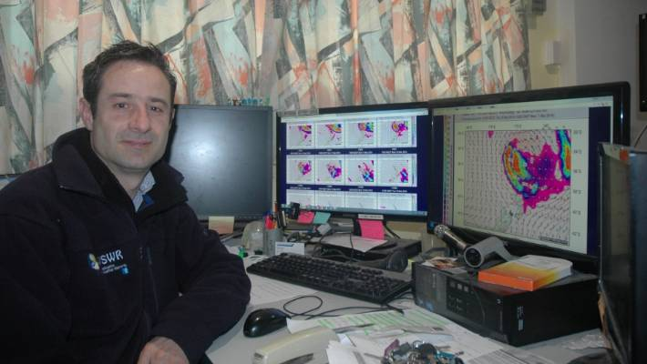 DIY weatherman wants to set up his own rival MetService in