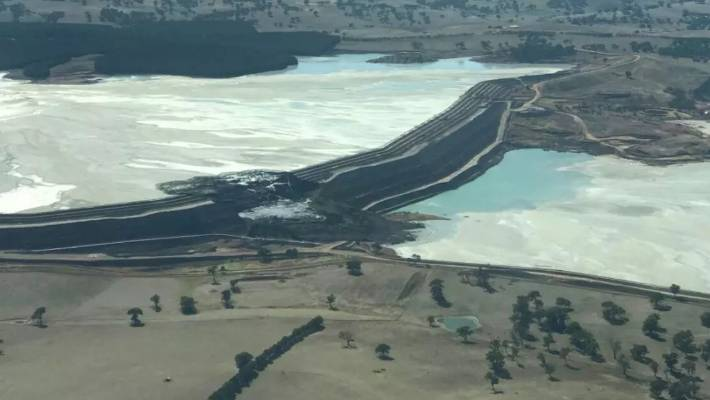 uk availability 20115 f1097 An aerial image showing the collapsed section of the tailings dam in New  South Wales,