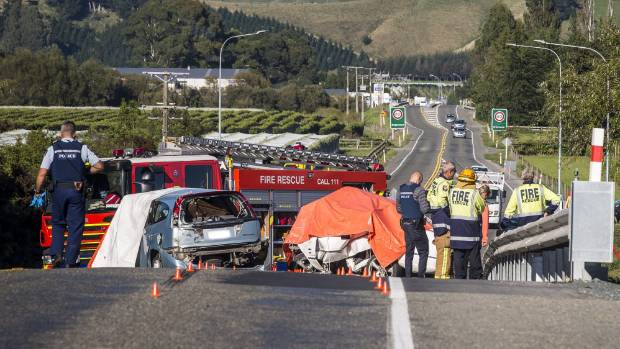Horror weekend on roads: Three dead in Tasman crash near Hope